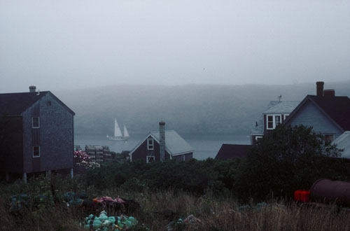 boat / fog / harbor